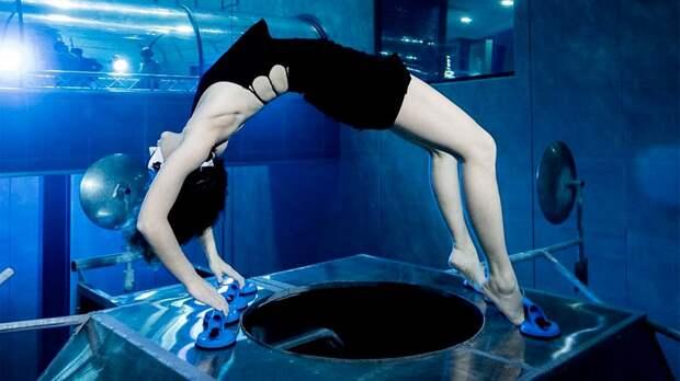 Человек-амфибия Марина Казанкова снова побила рекорд Гиннесса. Как это было