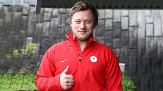 «Если бы у меня не было семьи, сошел бы с ума». Тарасенко приехал в сборную России и откровенно рассказал о травмах