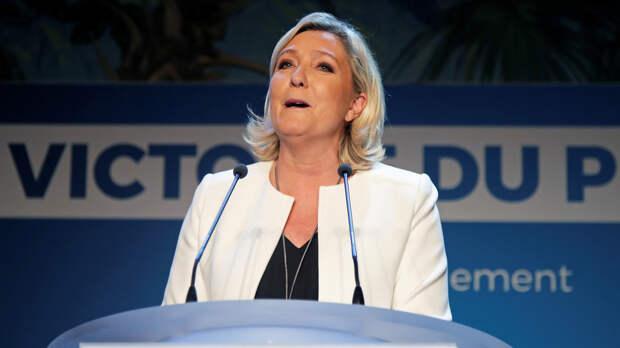 Экзитполы указывают на победу партии Марин Ле Пен на выборах в Европарламент во Франции