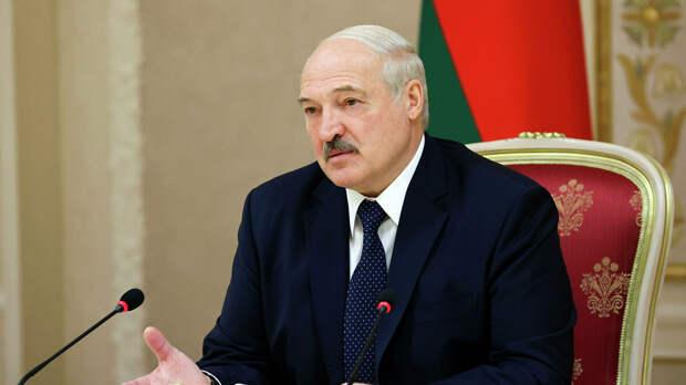 Лукашенко обсудил ультиматум Тихановской с властями Белоруссии