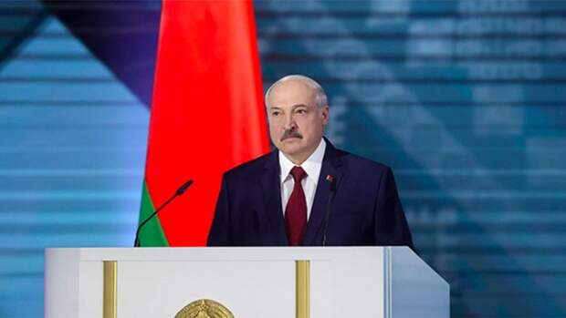 Лукашенко пригрозил пожаром «до Владивостока» при дестабилизации Белоруссии