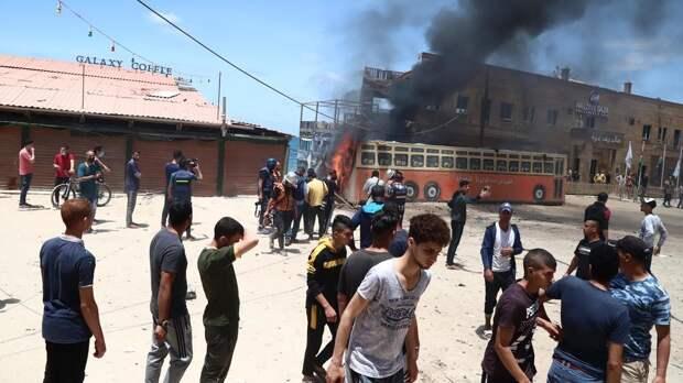 Израиль не будет прекращать нанесение ударов по Газе до четверга