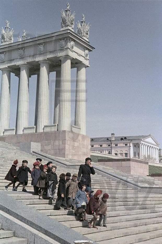 Цветные фотографии СССР 1953 года