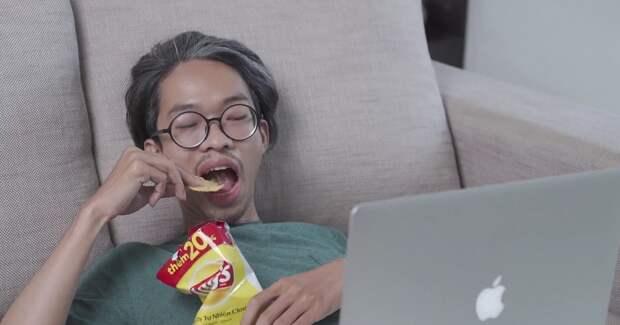 Lay's придумал «хрустящие субтитры» для любителей чипсов и YouTube