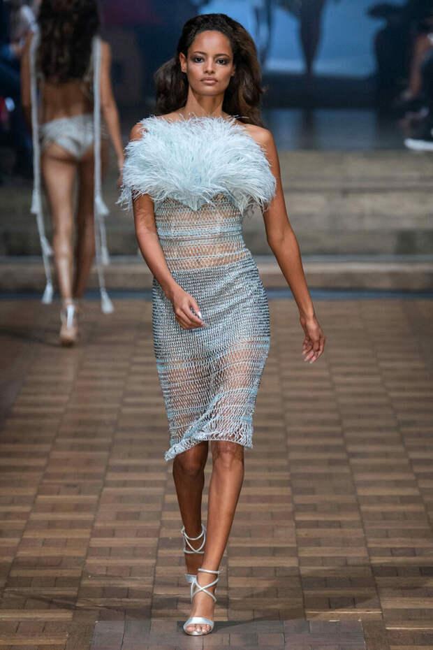 Эпатажные вязаные платья британского дизайнера Julien Macdonald: идеи для вдохновения