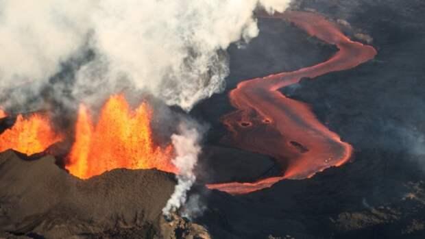 Исландский фермер продает проснувшийся вулкан