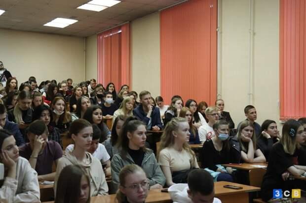 Открытая лекция профессора Финансового Университета о фальсификации истории ВОВ