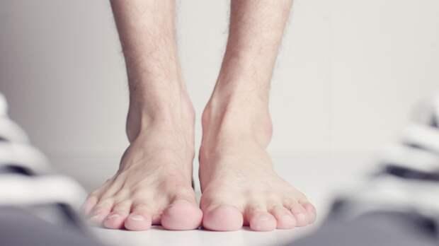 Хирург Цыплящук перечислила факторы образования тромбов в ногах