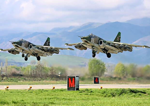 На Кубани и Ставрополье летчики Су-25СМ3 осваивают новейшую систему «Гефест» при бомбометании