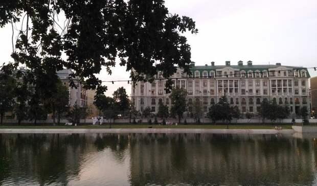 Вцентре Казани осушат озеро