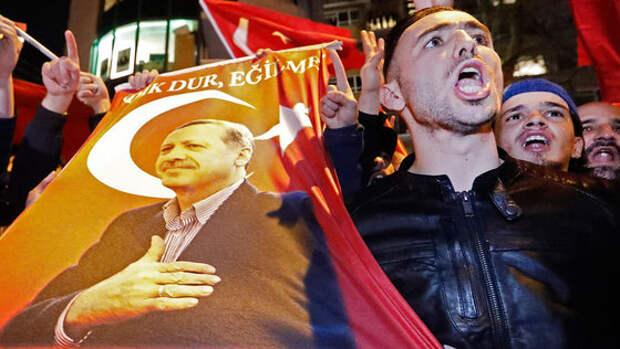 Дипломатический скандал между Турцией и Голландией перерастет в войну?