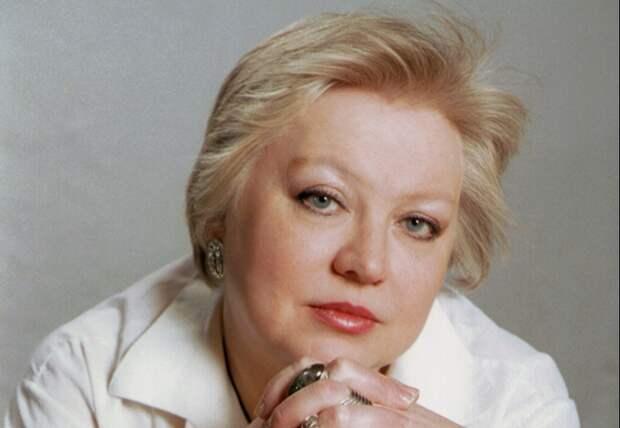 Светлана Крючкова сыграет жену Толстого Софью в любовной драме