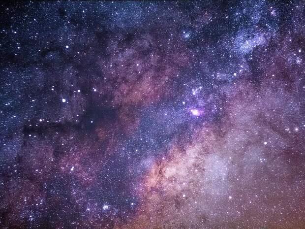 Virgin Galactic открыла продажу билетов для «космических туристов»