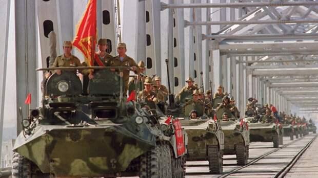 Массовое бегство из Афганистана – «вьетнамские флешбеки» и знак тем, кто верит в США