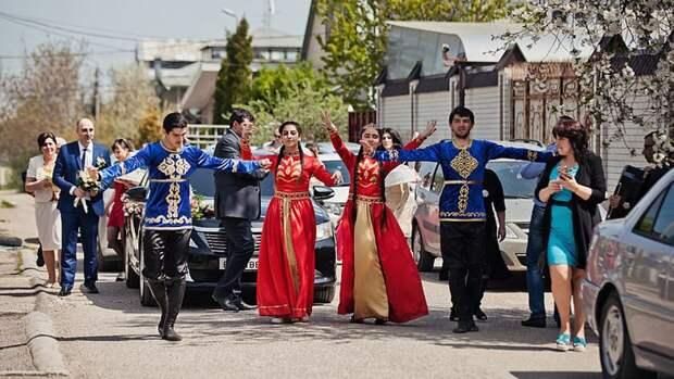 Армянская свадьба в России удивила американца