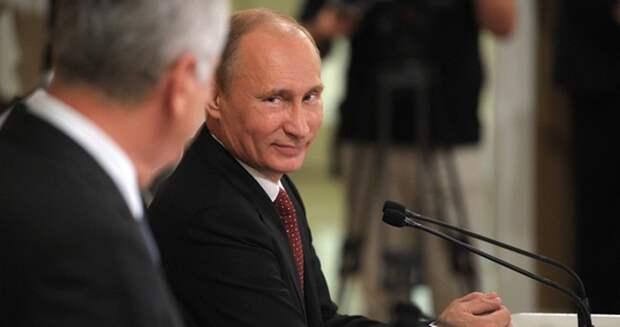 Американский посол в Сербии недоволен приглашением Владимира Путина в Белград
