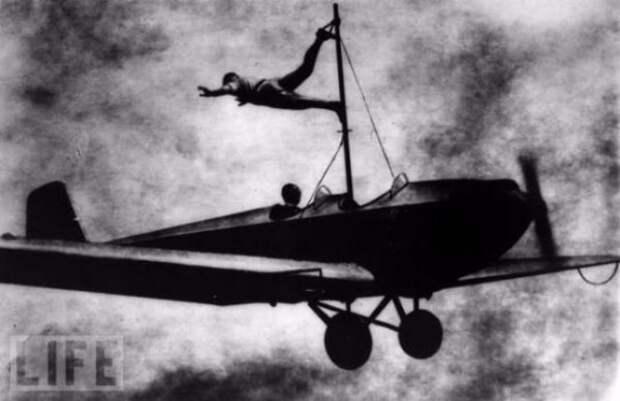 Безумные трюки в исполнении каскадеров начала прошлого века!
