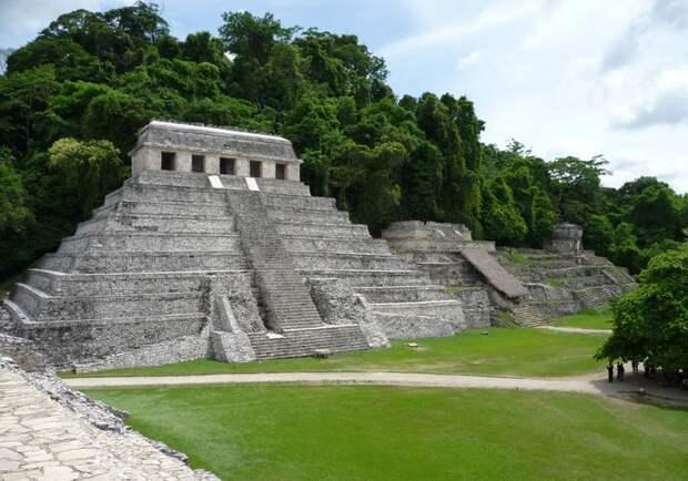 Плита майя и Стоунхендж легко расшифровываются с помощью языка пропорций
