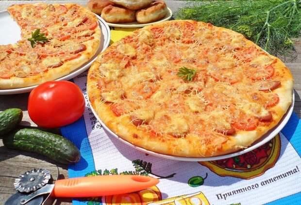 Фото к рецепту: Пицца  изумительная