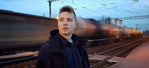 Роман Протасевич дал интервью в ходе брифинга МИД Белоруссия