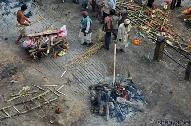 Варанаси: шокирующий город мёртвых в Индии