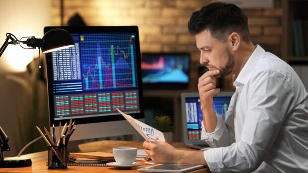 Долгосрочные инвестиции: две популярные акции назвал аналитик