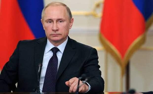 Владимир Путин готовит себе преемника напосту президента России