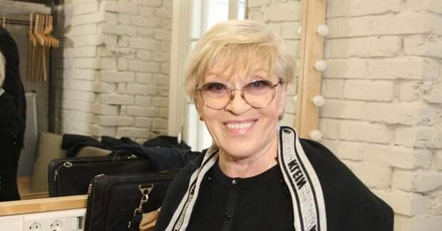 Алиса Фрейндлих приняла участие в шоу «На дачу!»