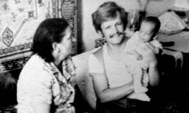 Студент-одиночка: как советский юноша усыновил грудного ребенка и едва не был отчислен