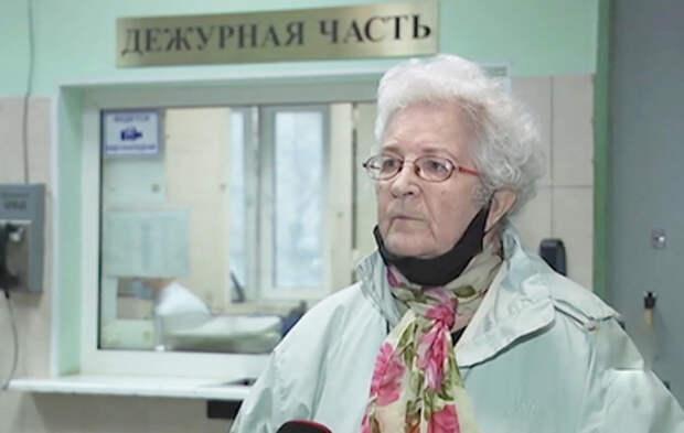 В Москве мошенницы продали пенсионерке поношенную шубу за 120 тыс. рублей