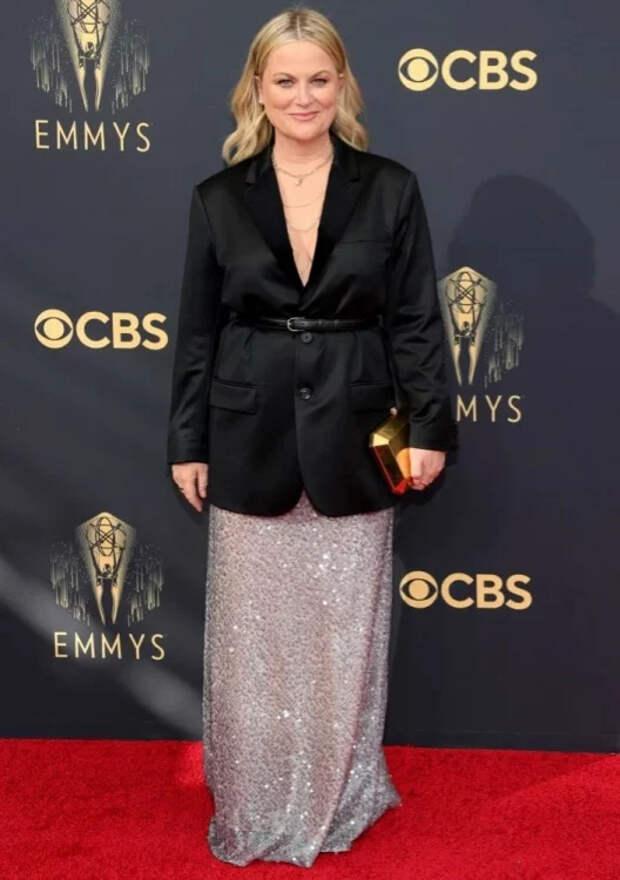 Самые яркие звездные образы на церемонии вручения премии Эмми 2021 года (2021 Emmy Awards)