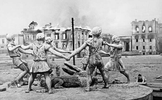 Чиновники нашли учебник, раскритикованный Путиным за Сталинградскую битву