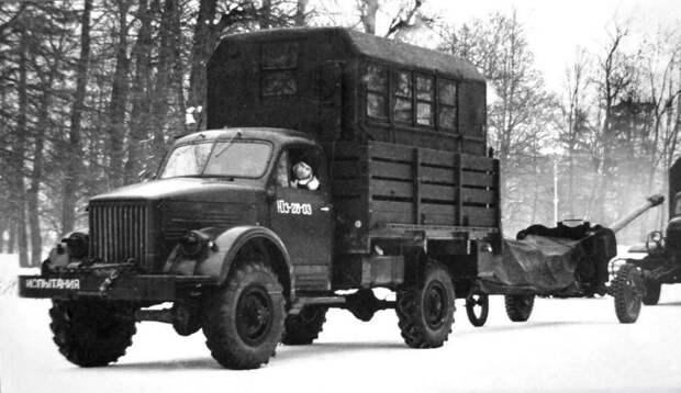Оригинальный автопоезд в составе грузовика ГАЗ-63А и активной пушки (из архива НИИЦ АТ) авто, автопоезд