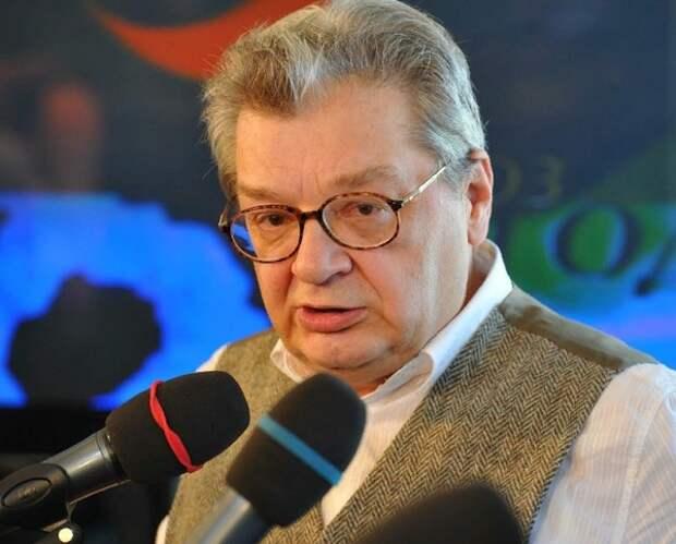 Скончался телеведущий Александр Беляев, долгое время боровшийся с онкологией