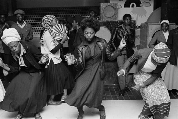 Субкультура 70‑х, эпоха Маргарет Тэтчер и улицы Токио в социальной фотографии Криса Стил-Перкинса