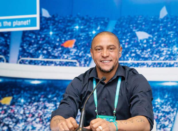 Роберто Карлос снова будет играть. Правда, теперь - во Всемирном детском онлайн-чемпионате «Футбол для дружбы»