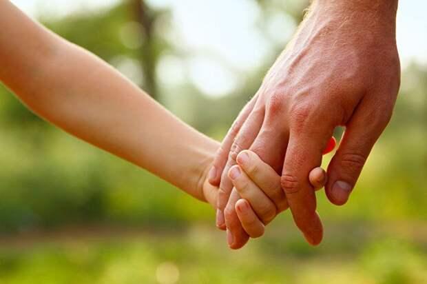 АФМ и Аружан Саин подписали меморандум о взаимодействии в сфере защиты прав детей