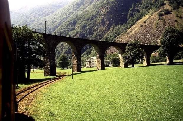 Спиральный виадук в Брусио: сооружение, созданное для открыток