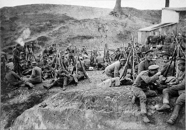 Солдатский обед на фронте
