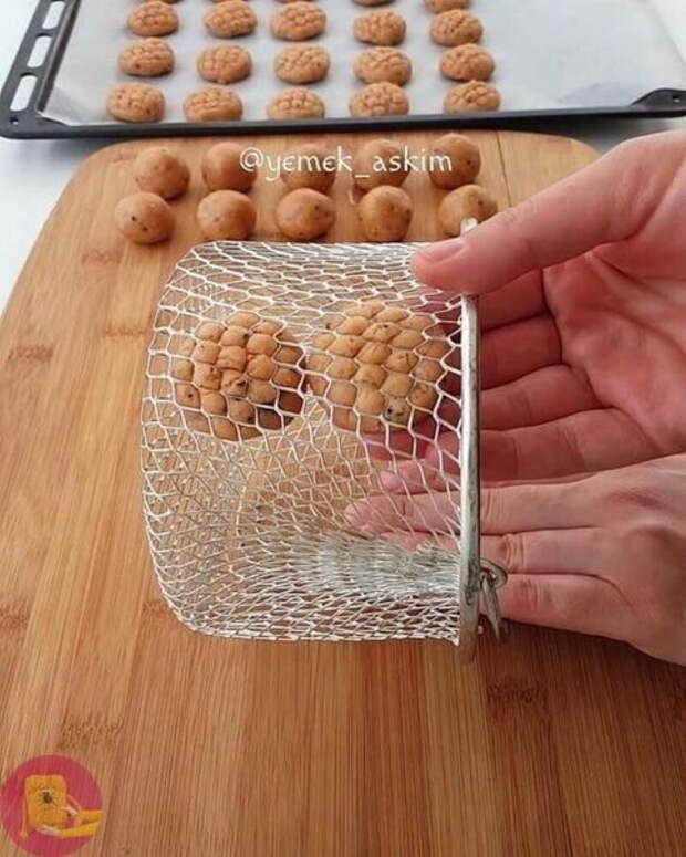 Крутые хитрости: сделайте красивую выпечку, используя подручные средства!