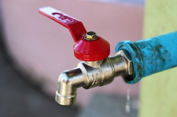 Жителю Бабушкинского района вернули деньги за переплату за горячую воду