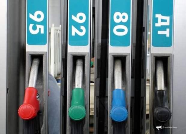 Цены на бензин продолжают расти выше инфляции