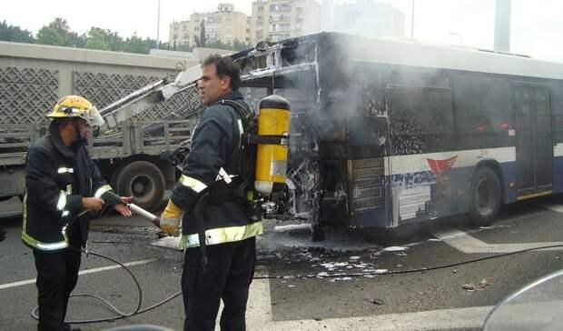 Перевозивший детей автобус загорелся наСтаврополье