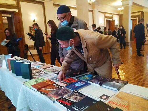 Севастополь почтил память депортированных народов