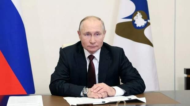 «У нас есть конкретные решения по этому вопросу»: Владимир Путин рассказал о ситуации с ценами на продукты.