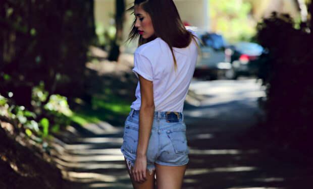Джинсовые шорты стали популярны