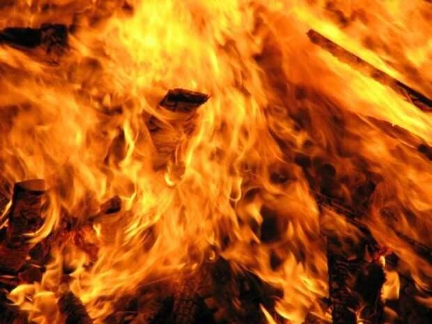 В Приангарье потушен пожар в поселке Дальний, сгорели 28 домов