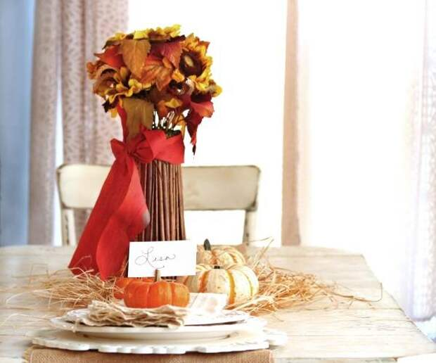 Яркий осенний декор стола