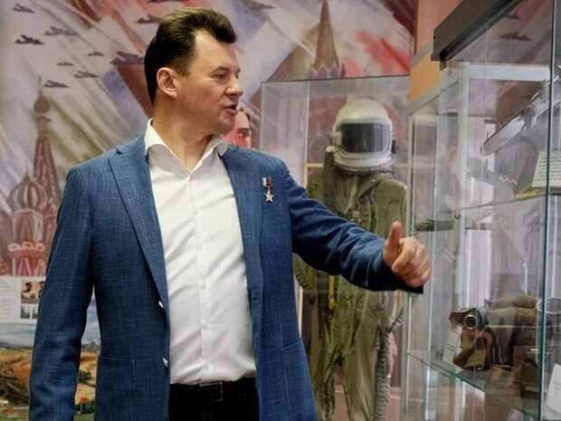 Космонавт Романенко прокомментировал планы по отправке космических туристов в 2021 году