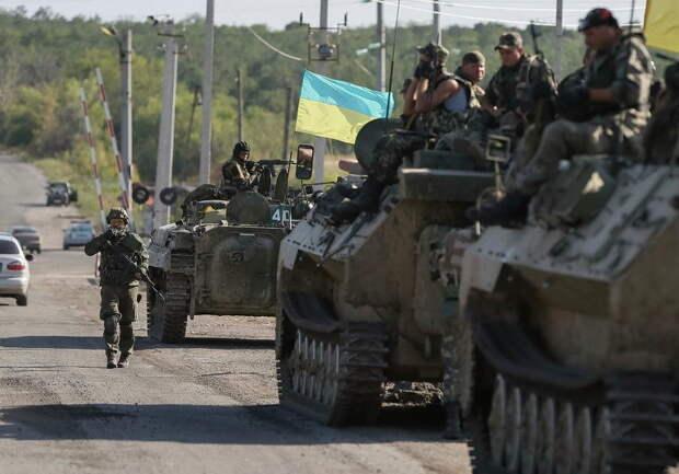 Наблюдатели нашли в Донбассе странные танки (ФОТО, ВИДЕО)